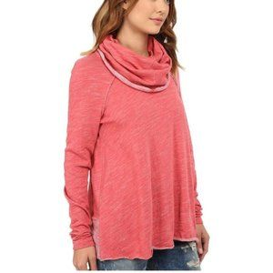 Free people Beach Cocoon Pullover Pink One Size